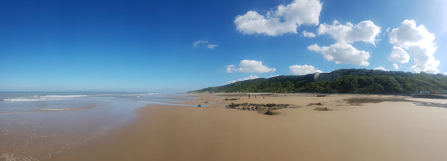 Low tide towards Overstrand, at Cromer beach